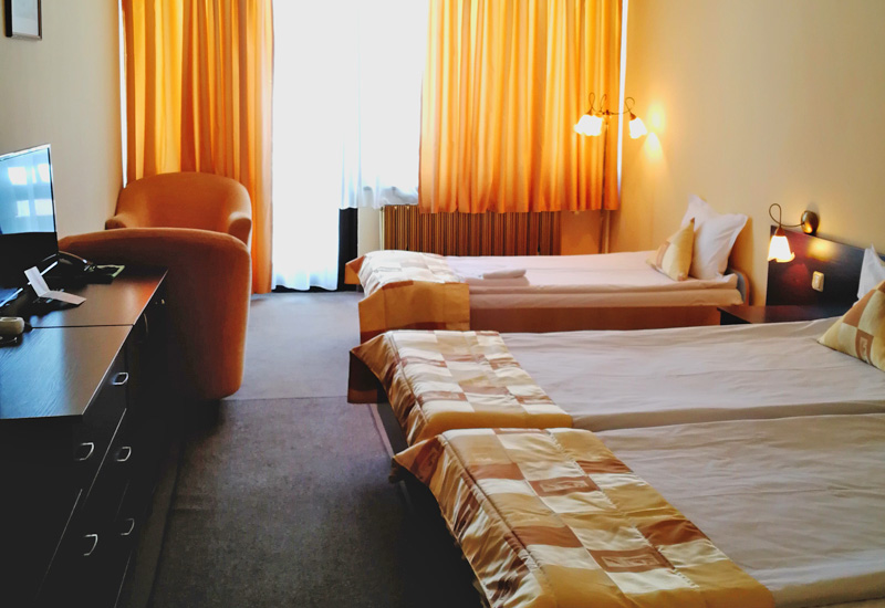 Тройна стая хотел Ела Боровец